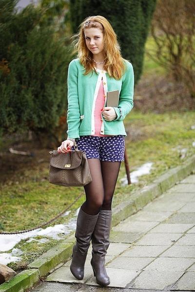 Tally Weijl jumper - 5th Avenue boots - New Yorker bag - New Yorker shorts