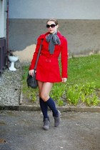 heather gray c&a boots - red trench Terranova coat - heather gray c&a scarf - ch