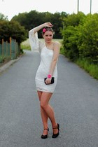 black humanic shoes - white lace threadsence dress - black playboy purse