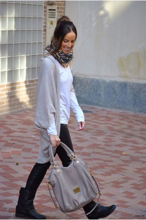 beige Zara cardigan - black Stradivarius boots - beige Marc by Marc Jacobs bag