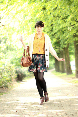 vintage boots - Chloe bag - Tequila skirt - asos cardigan