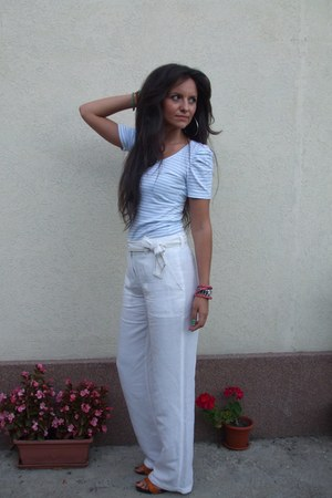 white Brandtex pants - turquoise blue striped t-shirt