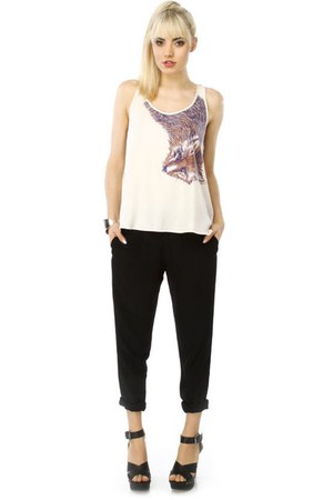white fox print LuLus top - black slouchy LuLus pants - black studded GoMax Jacq