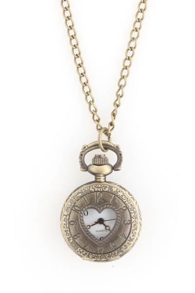 LuLus necklace