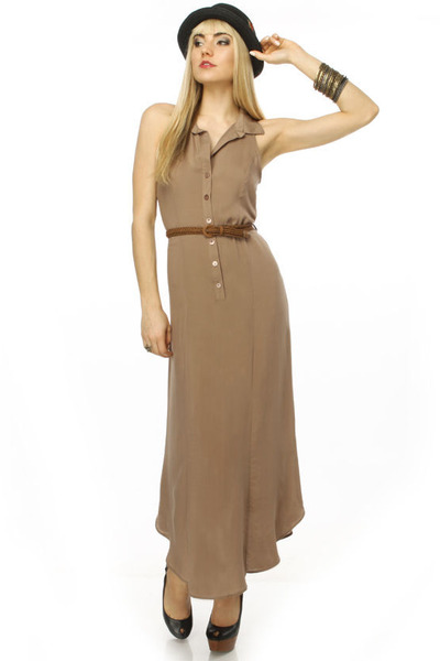 light brown maxi dress LuLus dress - black bowler hat San Diego Hat Co hat - pla
