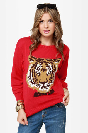 red LuLus sweater