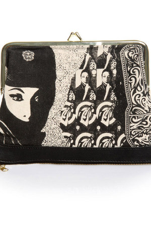 off white ziper pouch obey wallet