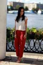 RED PANTS AND MINT-SILVER HEELS