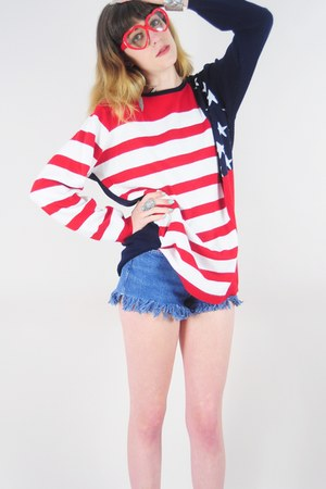navy flag Lush Love Lita sweater