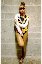 Beyonce in her urban freestyle print trend