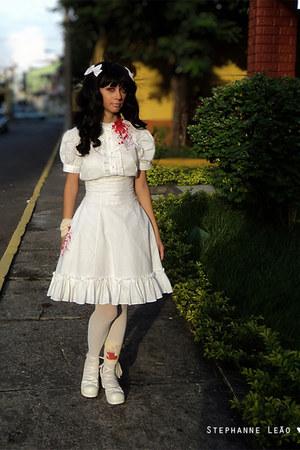 Bodyline shoes - offbrand tights - Le Carrousel blouse - Me Likes Tea skirt