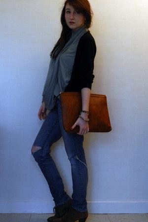 black H&M cardigan - navy H&M jeans - tawny vintage bag