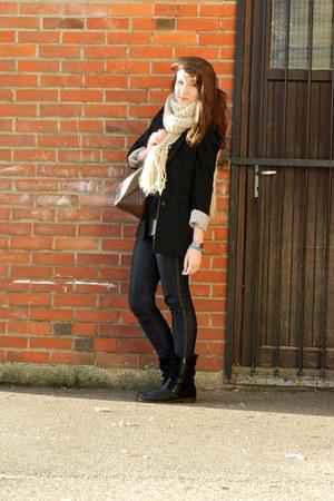 Pimkie jeans - H&M blazer - Pimkie scarf - H&M top