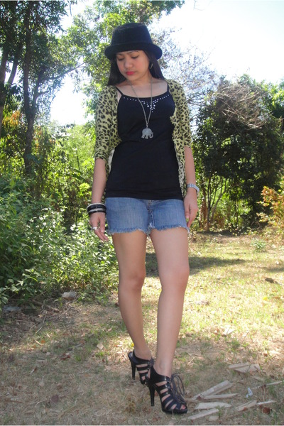 green random from Hongkong cardigan - blue Esprit top - elephant necklace - bang