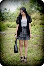 black woven bag - black bow cardigan - black studded heels - charcoal gray ruffl