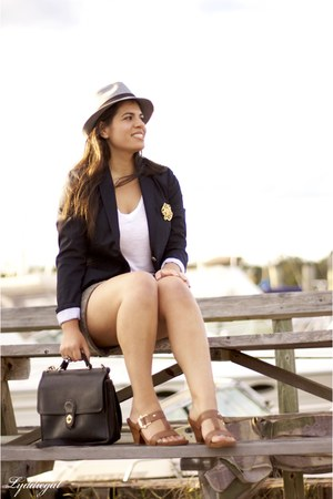 brown Gap shorts - charcoal gray market in italy hat - navy Gap blazer