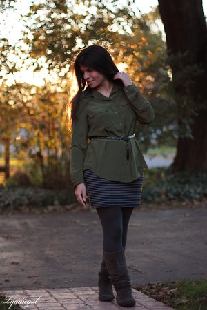 gray kohls boots - gray striped NY&CO skirt - army green Old Navy top - Gap belt