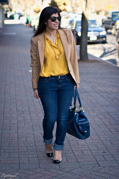 camel vintage blazer - me too shoes - navy kohls jeans - navy big buddha bag