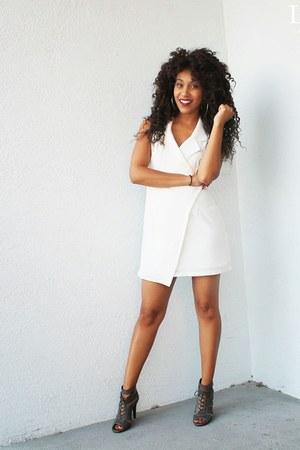 charcoal gray booties ami clubwear shoes - white Tobi dress