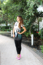 gold Express necklace - black Zara leggings - f21 bag - tunic tee Zara top