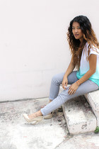 aquamarine 2b by bebe top - silver f21 jeans - eggshell Aldo heels