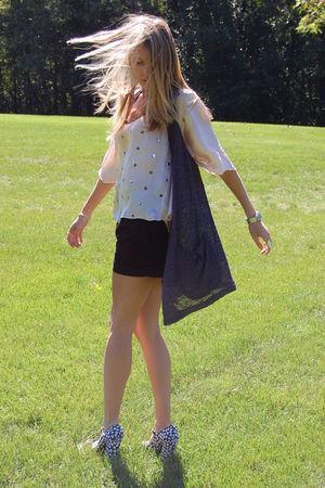 silver H&M vest - pink f21 blouse - black H&M shorts - black f21 shoes