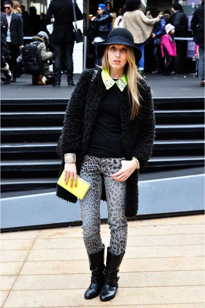 Target wallet - Zara boots - Piko 1988 coat - Target pants