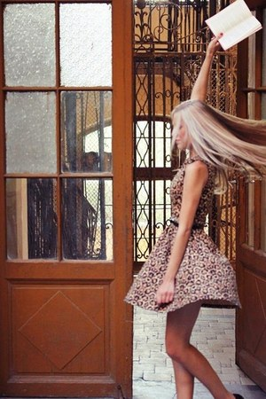 bronze H&M dress