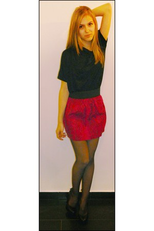 hot pink snakeskin Pimkie skirt - black Zara top - black Pimkie heels