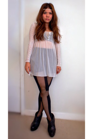 Urban Outfitters dress - Forever 21 boots