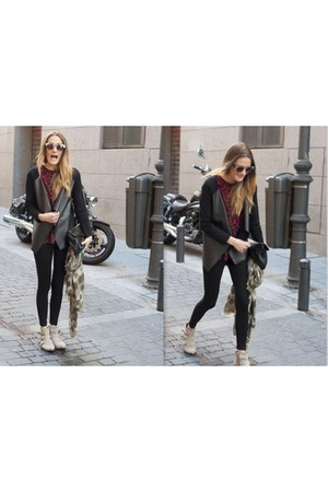 Zara cardigan - Aldo boots - Dayaday scarf - Mango bag - Zara sunglasses