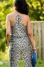 Blue-bag-mustard-accessories-blue-heels