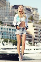 white Endorfina Wear jacket - light blue new look shorts