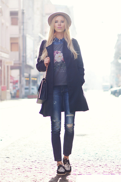 black She Inside coat - gray Yeah Bunny t-shirt - black sleeh flats