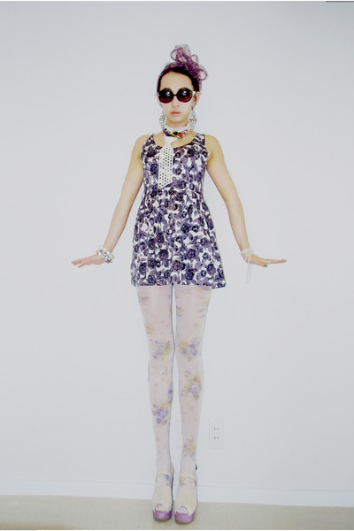 Forever 21 dress - vintage scarf - Karl Lagerfeld glasses