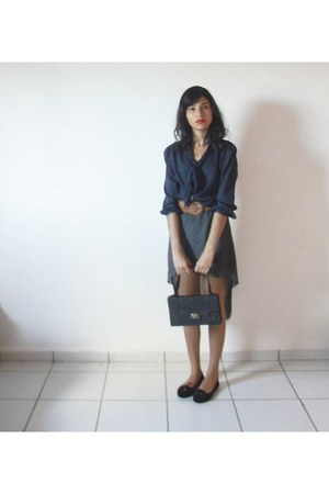 tan scarf - black skirt - navy blouse