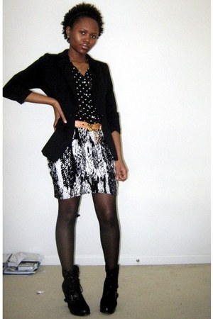 black Old Navy blouse - black H&M skirt