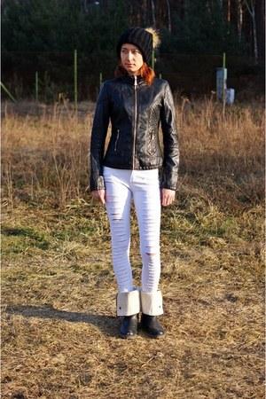 white zaful jeans