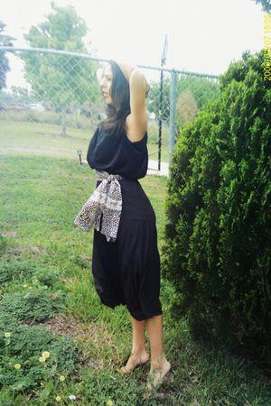 black vintage dress - beige grandmas scarf belt - beige merona frm target hat