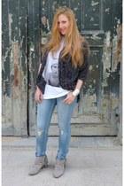 Zara boots - Levis jeans - alpha 60 t-shirt