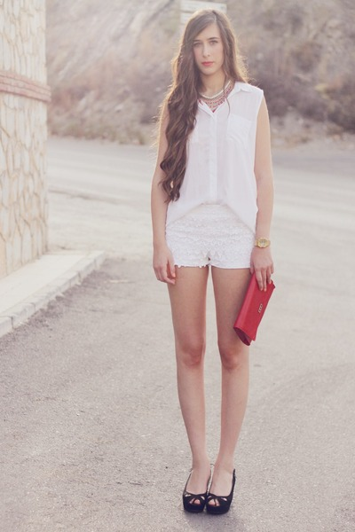 Zara shorts - pull&bear shoes - pull&bear shirt - Mango necklace