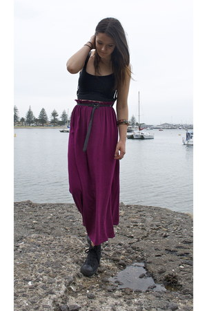 magenta thrifted skirt - black Deuces shoes - black supre top
