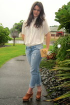 ivory thrifted vintage blouse - JayJays jeans - straw Vinatge bag
