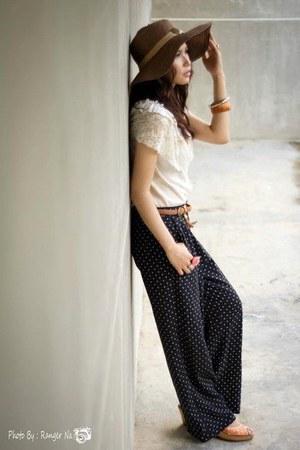 brown hat - carrot orange shoes - eggshell blouse - black pants - tawny belt