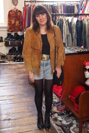 suede vintage jacket - vintage boots - thrifted vintage bag - Levis shorts