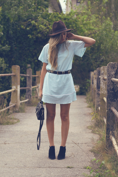 Zara boots - Confused dress - Zara hat