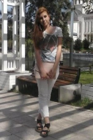 white pants - light pink H&M bag - black deichman sandals - white c&a t-shirt