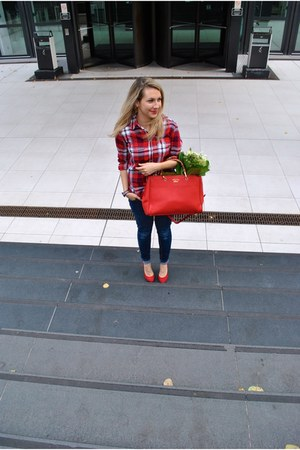 red Zara heels - dark grey handmade scarf - red leather Gucci bag