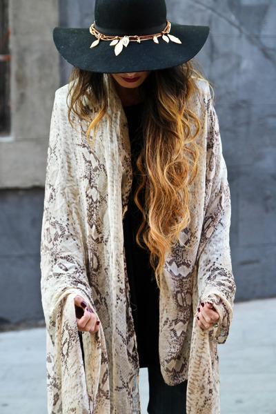 Zara scarf - BLANCO hat - H&M accessories