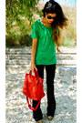 Victoria-beckham-jeans-balenciaga-bag-zara-t-shirt